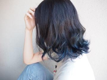 夏は涼しげブルーカラー