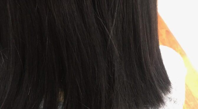 髪のクセ、うねる髪も自然な仕上がりに!弱酸性ストレート♪